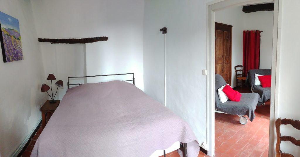 Gite Sault Ventoux chambre violette